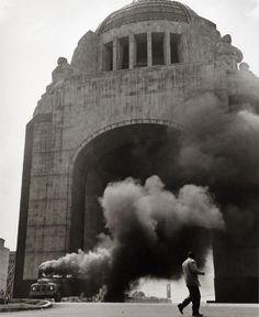 Rodrigo Moya, Monumento a la revolución, Ciudad de México 1958