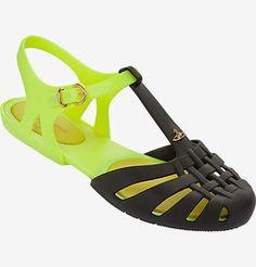 """Zapatos Melissa  """" Aranha"""" diseño de Vivianne Westwood de la coleccion Anglomania"""