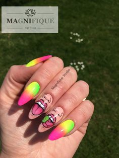 Nailart Bad Icon nails neon Farben pink gelb grün yelow Green