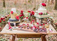Schneewittchen-Fantasterei im Zauberwald TARO EBIHARA PHOTOGRAPHY http://www.hochzeitswahn.de/inspirationsideen/schneewittchen-fantasterei-im-zauberwald/ #wedding #inspiration #fairytale