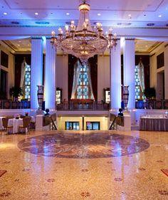 Manhattan Luxury Hotel--Waldorf Astoria--Starlight Roof