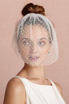 Mini Swiss Dot Bridal Veil Tutorial