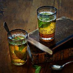 Lämmin mojitojuoma   K-ruoka #minttu #lime Mojito Drink, Christmas Drinks, Moscow Mule Mugs, Tableware, Hot, Warm, Dinnerware, Tablewares, Holiday Alcoholic Drinks