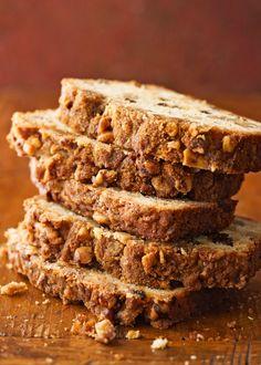 Apple Pie Bread, Best Banana Bread, Pumpkin Bread, Bhg Recipes, Quick Bread Recipes, No Bake Desserts, Dessert Recipes, Biscuit Bread, Yeast Bread
