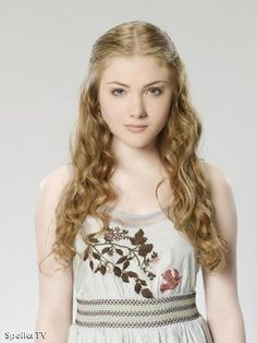 IMDb Photos for Skyler Samuels - This is what sophie will look like when she gets cleaned up