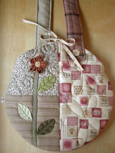 Round Flower Bag - back by PatchworkPottery