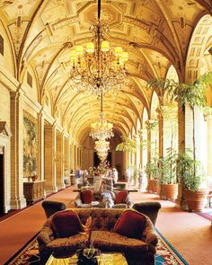 ELLE DECOR GOES TO PALM BEACH    A loggia at the Breakers resort.