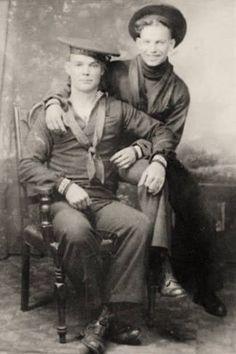 VINTAGE portrait of unknown shipmates. c 1900