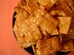 I have a lot of childhood memories associated with this savory snack. My Ammamma and Amma would prepare huge quantities of Maida Biscuits (the name they go by at home) and store them in large containers. Back from school, we would head straight to the pantry and grab a plateful of maida biscuits and savor them like there was no tomorrow. Maida chips, maida biscuits, diamond cuts, maida squares, khara biscuits, whatever the name, they were extremely popular among us kids and friends.