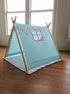 play tents for kids diy teepee tutorial - Life ideas Teepee Diy, Teepee Party, Diy Tent, Teepee Tent, Teepees, Teepee Tutorial, Diy For Kids, Crafts For Kids, A Frame Tent