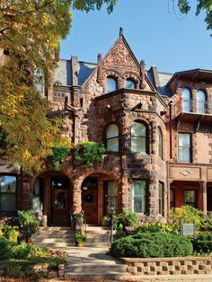 Romanesque row house on Summit Avenue in St. Residence Architecture, Home Architecture Styles, Revival Architecture, Victorian Architecture, Beautiful Architecture, Beautiful Buildings, Beautiful Homes, Historic Architecture, Classical Architecture