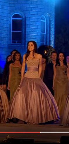 Le groupe Celtic Woman chante Amazing Grace. http://rienquedugratuit.ca/videos/le-groupe-celtic-woman-chante-amazing-grace/