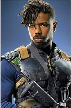 Counting down our 10 favorite beards, mustaches, and facial hair of the Avengers and Marvel Cinematic Universe (MCU). Black Dreads, Short Dreads, Black Hair, Dreadlock Hairstyles For Men, Black Men Hairstyles, Black Panther Art, Black Panther Marvel, Michael Bakari Jordan, Marvel Dc
