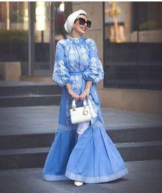 Hijab Style feat Zara The happy blue turban look.