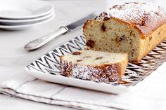עוגה פשוטה וקלה שמכינים בחמש דקות והיא מכילה שילוב מופלא של טחינה, שקדים ושוקולד מריר.