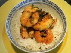 Crevettes vietnamiennes: Dans cette recette, les crevettes sont dabord sautées rapidement, puis on y ajoute une sauce très parfumée