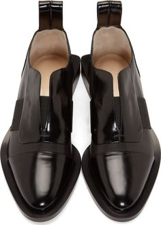 Paco Rabanne Black Leather Extended Sole Shoes These are interesting Paco Rabanne Black Leather Schuhe mit verlängerter Sohle Diese sind interessant Women's Shoes, Mens Shoes Boots, Me Too Shoes, Shoe Boots, Black Shoes, Simple Shoes, Casual Shoes, Look Fashion, Fashion Shoes