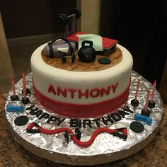Cake Designs For Gym Lovers : 1000+ ideas about Gym Cake on Pinterest Crossfit Cake ...