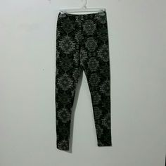 Just Be Small Leggings NWOT New No Tags Small Leggings 95% Polyester, 5% Spandex. Just Be Pants Leggings