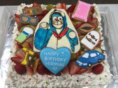 ドラえもんのコスプレ似顔絵ケーキ Happy Birthday, Sugar, Cakes, Desserts, Portrait, Food, Happy Brithday, Tailgate Desserts, Deserts