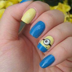Minion nails, from despicable me, cute, and kinda easy! Minions, Garra, Cute Nails, Pretty Nails, Hair And Nails, My Nails, Minion Nail Art, Gold Glitter Nails, Nails For Kids