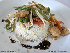 Chapsui de pollo con arroz chau fan