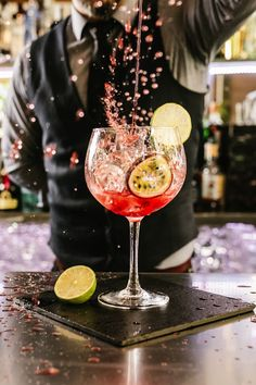 Head to Always the Holidays to learn all about World Bartender Day. We've got fun facts, a brief bartending history, delicious cocktail recipes and more! #Bartending #CraftCocktails Easter Cocktails, Festive Cocktails, Christmas Cocktails, Craft Cocktails, Pisco Sour, Vodka, Tequila, Yummy Drinks, Yummy Food