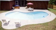 Kidney Shaped Pool placement