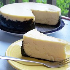 Cheesecake Supreme with Oreo Cookie Crust Recipe (By far the BEST cheesecake recipe ever) I made this it turned out so deliciously creamy!!!!