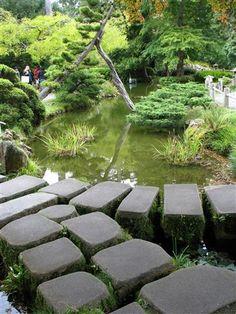 Stone steps over pond in San Francisco's Japanese Garden. Photo by Taryn Koerker