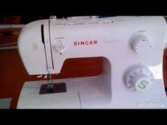 41 Best Ideas For Sewing Machine Art Simple Sewing Tools, Sewing Hacks, Sewing Crafts, Quilt Tutorials, Sewing Tutorials, Singer Tradition, Singer Facilita, Simple Sewing Machine, Sewing Shirts