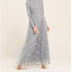Discover a wide range of modest dresses for all occasions. From maxi dresses to embellished gowns, we have something to suit you. Shop online now at Inayah. Dress Brokat Modern, Kebaya Modern Dress, Kebaya Dress, Party Outfits For Women, Classy Outfits For Women, Hijab Dress Party, Tulle Prom Dress, Event Dresses, Modest Dresses