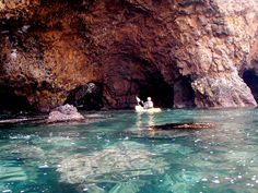 Santa Cruz Island Sea Caves Dream Vacations, Vacation Spots, San Clemente Island, Places To Travel, Places To Go, Santa Cruz Island, California Dreamin', Beautiful Places In The World, Golden State