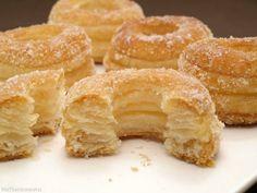 Sweet Recipes, Cake Recipes, Cronut, Puff Pastry Recipes, Pan Dulce, No Bake Desserts, Let Them Eat Cake, Yummy Treats, Bakery