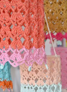 Crocheted lanterns - byClaire - crochet patterns, books and yarn Crochet Lamp, Diy Crochet, Crochet Hooks, Crochet Flower Tutorial, Crochet Flowers, Crochet Diagram, Crochet Patterns, Crochet Furniture, Diy Wreath
