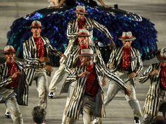 Salgueiro homenageou os malandros com enredo inspirado na Ópera do Malandro, de Chico Buarque  (Foto: G1/Rodrigo Gorosito)