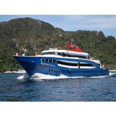 Boat Ticket Premium Class One Way From Phuket To Phi Phi By Join Ferry Boat