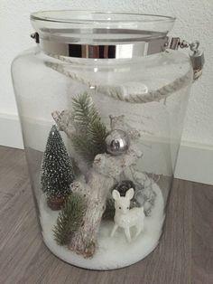 Kerst sfeer in een grote glazen pot
