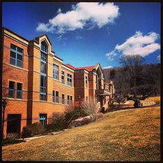 Beautiful Spring weather at AU today! #alfredu