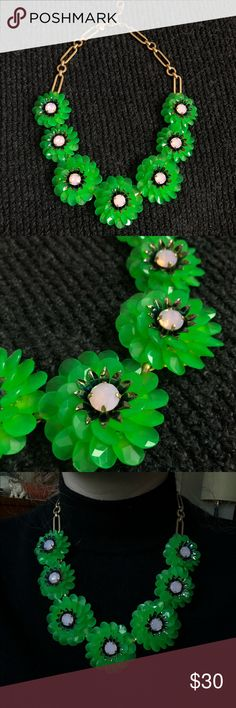 JCREW NECKLACE WITH GREEN FLOWERS JCREW necklace!!! Gold chain with Green flowers! Adjustable size 19 inches on tightest hook Super stylish and fun!! JCrew Jewelry Necklaces