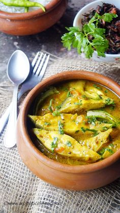 Goan Fish Jeerem Meerem Curry recipe with step-by-step pictures. Easy fish curry recipe without coconut. Goan Recipes, Veg Recipes, Curry Recipes, Seafood Recipes, Indian Food Recipes, Chicken Recipes, Cooking Recipes, Ethnic Recipes, Recipies
