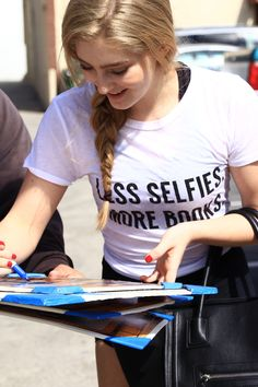 Willow Shields at the DWTS dance studio for rehearsals.--------- her shirt