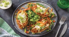Try this speedy take on taters in their jackets, complete with silky sour cream and our winner mince flavour hack. Potato Recipes, Pork Recipes, Pork Meals, Jacket Potato Recipe, Hello Fresh Recipes, Pork Mince, Non Stick Pan, Copycat Recipes, Tray Bakes