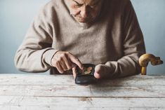 Retirement Makes Seniors Frugal (and That May Be a Problem) Image source: https://www.usnews.com/dims4/USNEWS/84f91d7/2147483647/thumbnail/970x647/quality/85/?url=http%3A%2F%2Fmedia.beam.usnews.com%2F07%2Fb2%2F442becc44a599b797be54ad5e3a5%2Fresizes%2F1500%2F171026-frugalsenior-stock.jpg
