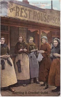 We have a few old postcards in the Knitting & Crochet Guild collection that show people knitting, including these two of Scottish herring la. Vintage Family Pictures, Vintage Photos, Art Du Fil, Knitting Humor, Knit Art, How To Purl Knit, Vintage Knitting, Yarn Crafts, Diy Crafts