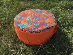 Meditační sedák plněný pohankovými slupkami oranžová madala + dárek Outdoor Furniture, Outdoor Decor, Pilates, Ottoman, Home Decor, Pop Pilates, Interior Design, Home Interior Design, Yard Furniture
