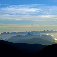 [Eine Nacht auf dem Wank, a night on the mountain, früh am Morgen, der Tag erwacht] #wank #nature_obsession_landscapes #bd #bdphotoshare #bayern #bavaria #oberbayern #nature #nature_lovers #germany #beautifulplace #placewhereilive #IGS_photos #garmisch #partenkirchen  #alps #alpen #bavarianalps #berge #mountains #wettersteingebirge #wank #ig_deutschland #ig_germany #wandern #bergtour #hiking #Padgram