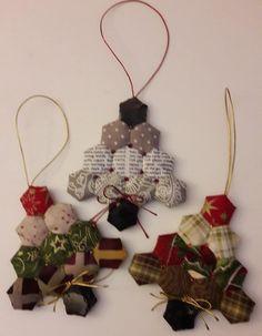 Christmas Patchwork, Christmas Crochet Patterns, Christmas Sewing, Christmas Fabric, Christmas Fun, Quilted Christmas Ornaments, Felt Christmas Decorations, Fabric Ornaments, Handmade Christmas