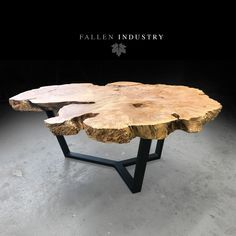 Trendy Furniture Layout Lobby Ideas - pinupi love to share Wood Table Rustic, Round Wood Table, Natural Wood Table, Natural Wood Furniture, Wood Table Design, Wood Bedroom Furniture, Trendy Furniture, Furniture Layout, Chair Design