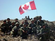 1 CER in Afghanistan 2002 Op Apollo OEF - this particular cmbt mission was Op Harpoon I believe ~ Leo V on the left is the Medic Royal Canadian Navy, I Am Canadian, Canadian Travel, Canadian History, Canadian Rockies, Canadian Things, Banff National Park Canada, Canadian Soldiers, Believe